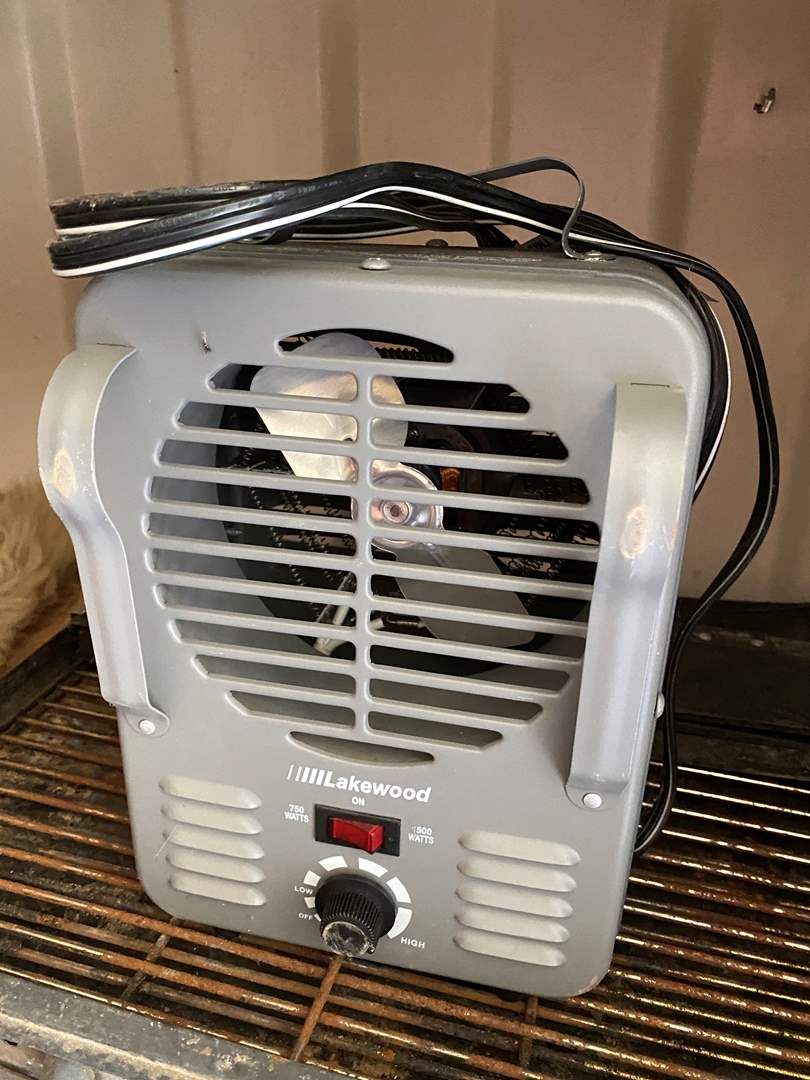 Lot # 53 - LAKEWOOD HEATER WITH MULTIPLE SETTINGS  (main image)