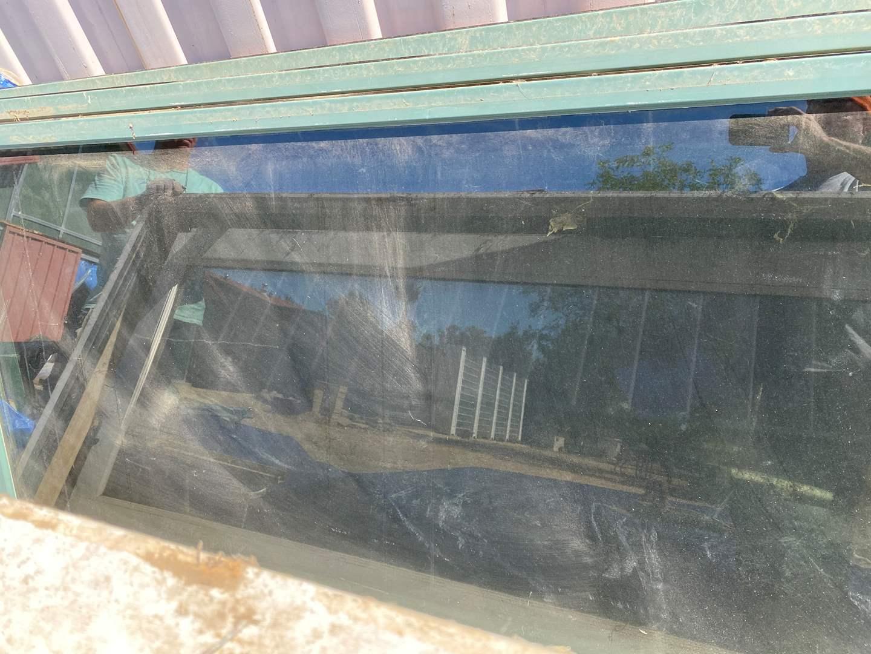 Lot # 105 - GLASS DOOR (main image)