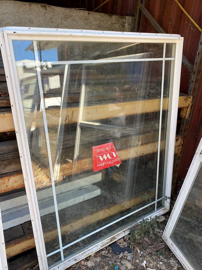 Lot # 113  - WINDOW 60 X 48 (main image)