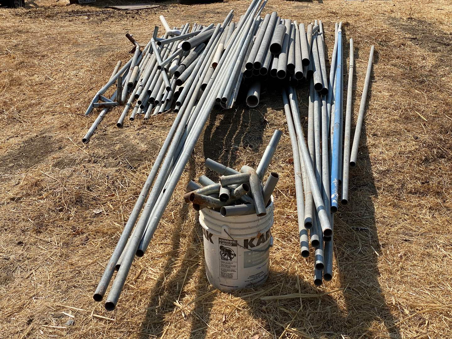Lot # 133 - SHADE STRUCTURE POLES AND CONNECTORS  (main image)