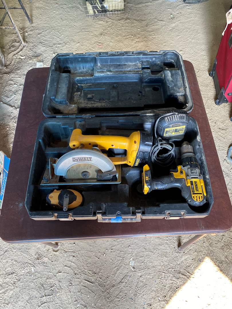 Lot # 242 - DEWALT COMBO KIT (main image)