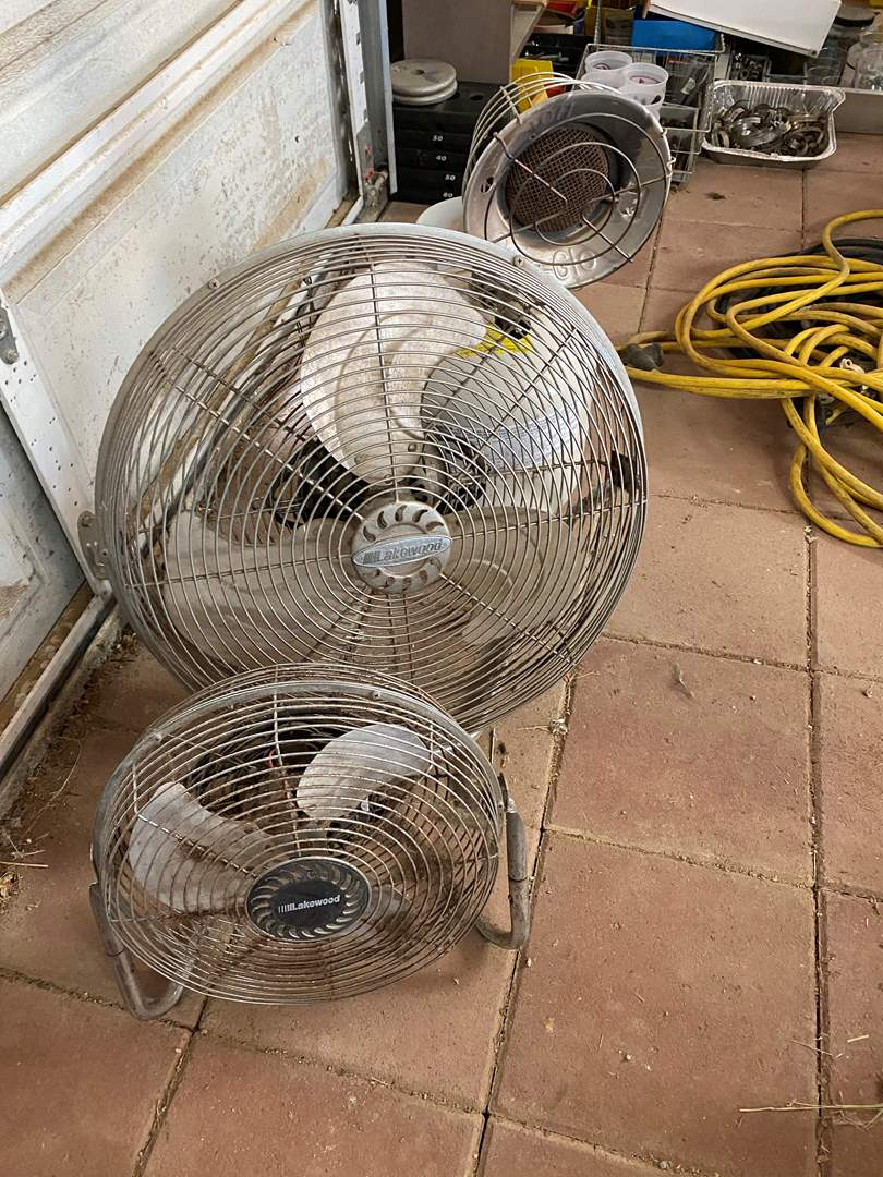 Lot # 267 - TWO FANS & ONE HEATER (main image)