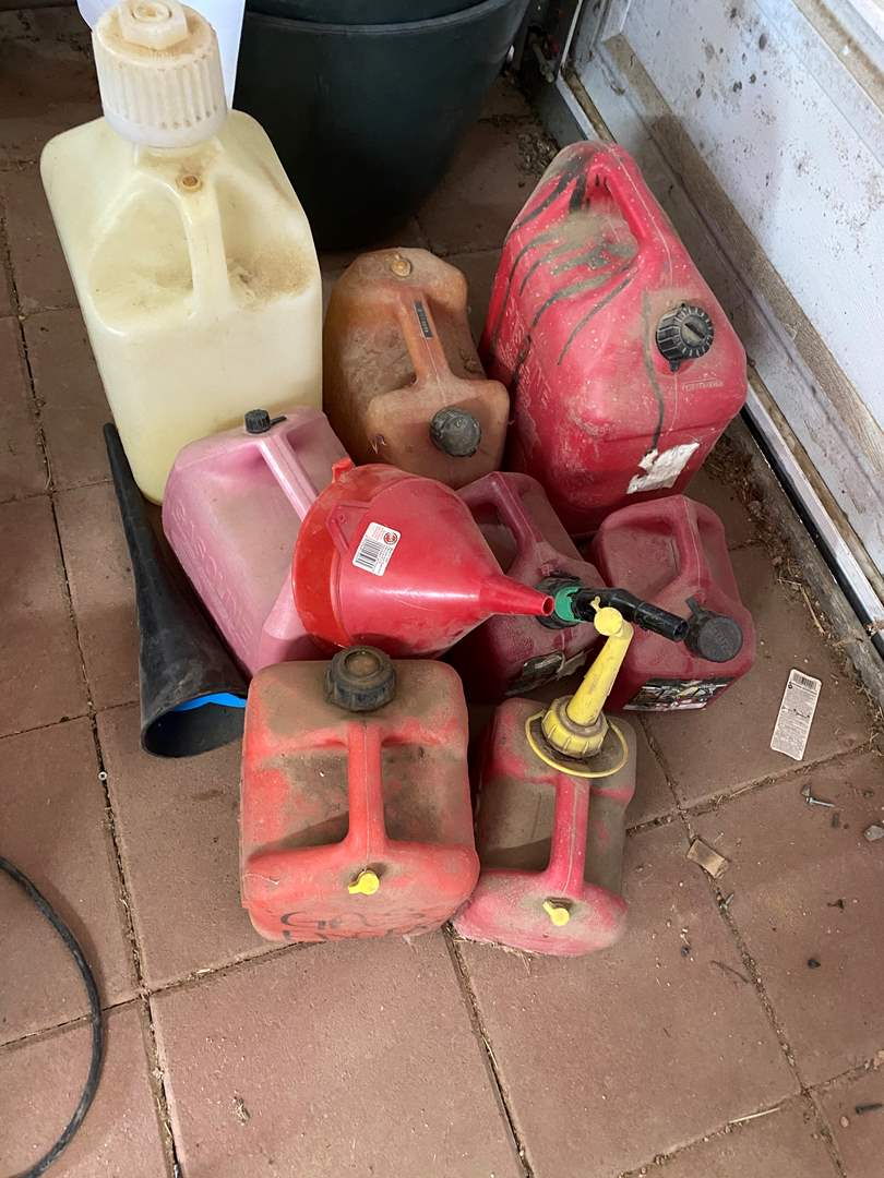 Lot # 269 - GAS CANS (main image)