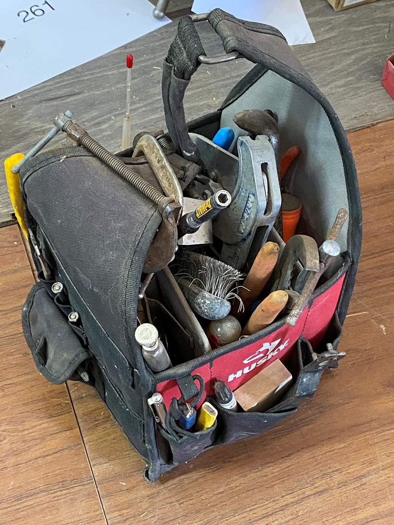 Lot # 308 - TOOLS (main image)
