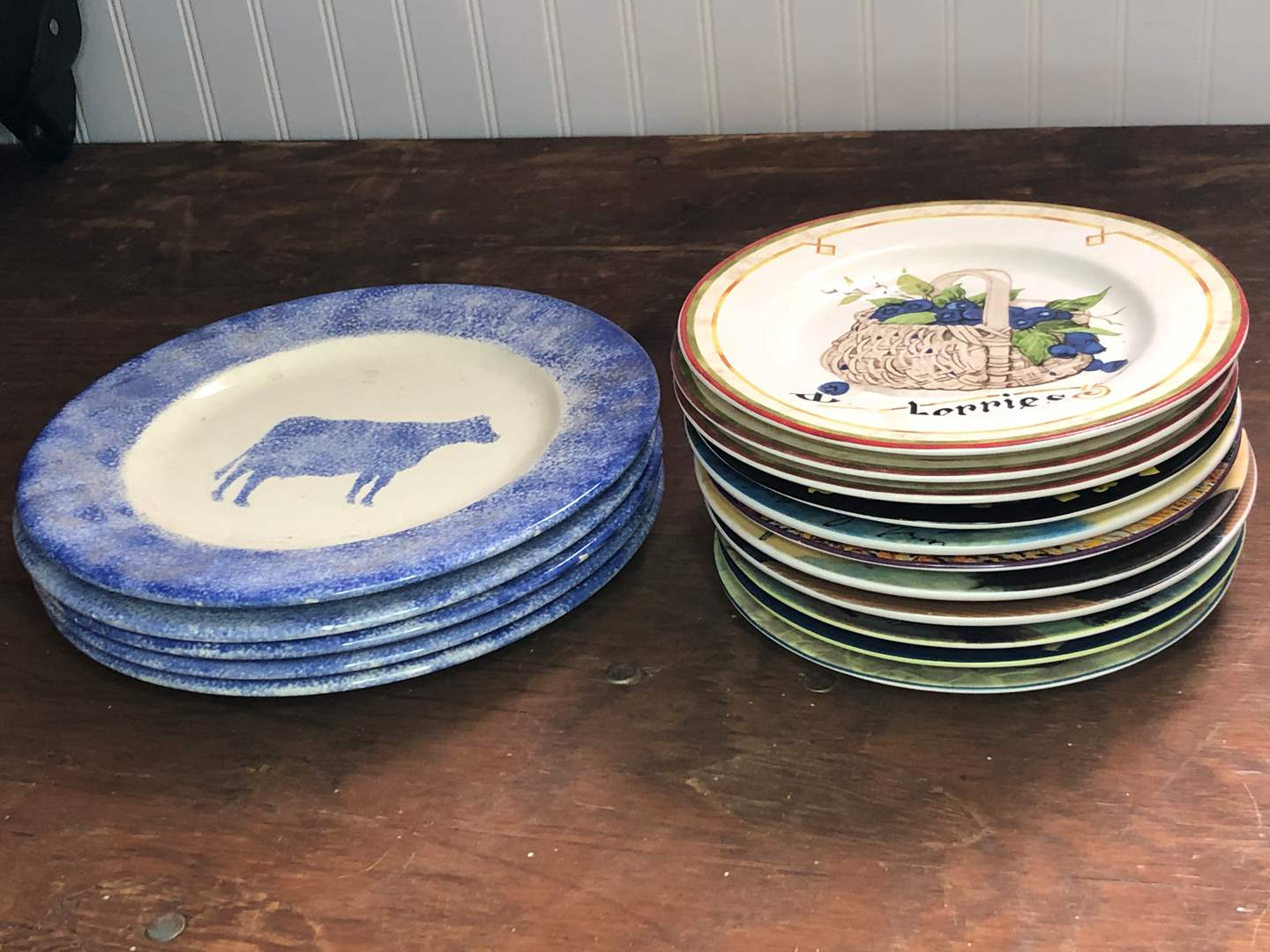 Lot # 41 - VINTAGE COLLECTOR PLATES (main image)