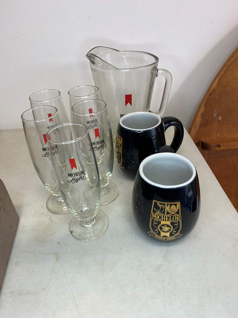 Lot # 5 - VINTAGE MICHELOB ITEMS (main image)
