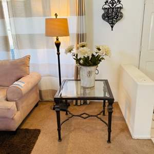 Lot # 7- Accent table, floor lamp + extras