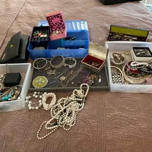 Lot # 26- Women's jewelry- Treasures await!