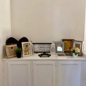 Lot # 75- Frames and florals- Small decor items