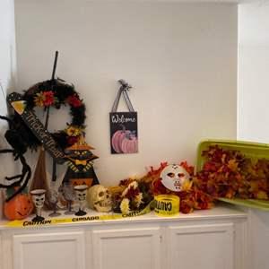 Lot # 96- Trick or Treat! Seasonal decor