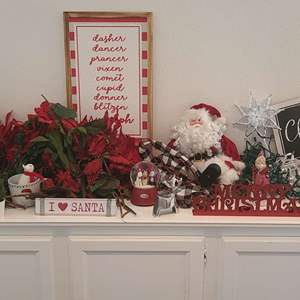 Lot # 103- More adorable Christmas decorations!