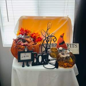 Lot # 106- Halloween in July! Must have holiday decor!