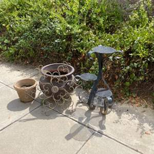 Lot # 115- Outdoor pots and plant stand!