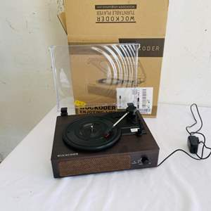 Lot # 122- Record player in mint condition!
