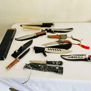 Lot # 126- Knife collection, including a Zachary Crockett knife with certificate of authentication!