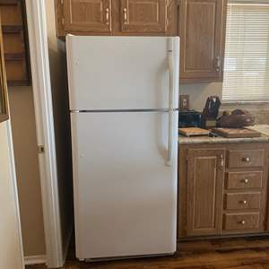 Lot#8- Kenmore Fridge- Contents Included!