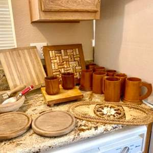 Lot#15- Beautiful Cork Display, Wooden Boards, Bowls and More!