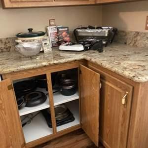 Lot#19- Vintage Appliances!