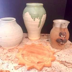 Lot#28- Gorgeous Ceramic Pieces