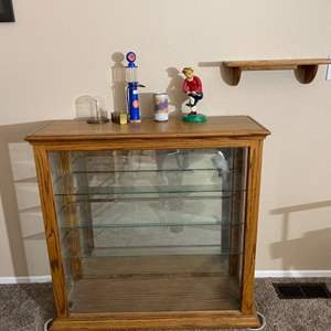 Lot#102- Perfect size Curio/Display Cabinet with More!