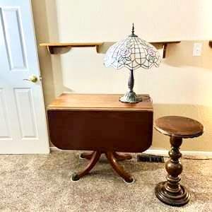 Lot#107- Vintage Mahogany Table with Vintage Lamp and Pedestal Stand
