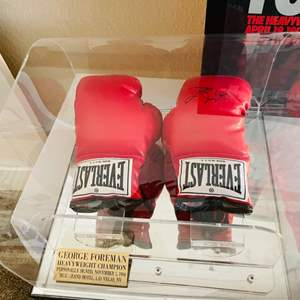 Lot#108- 1994 Signed George Foreman Boxing Gloves! WOW!!