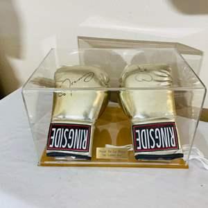 "Lot#111- Oscar De La Hoya ""The Golden Boy"" Signed Boxing Gloves!"