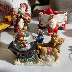 Lot#175- Disney Christmas Decor & More!