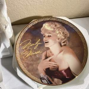 Lot#176- Collector's Plates, Marilyn Monroe and Corvette! So many!