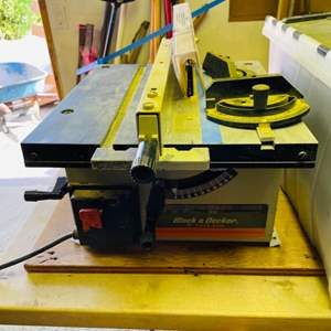 Lot # 302- Awesome Garage Finds! Black & Decker Table Saw