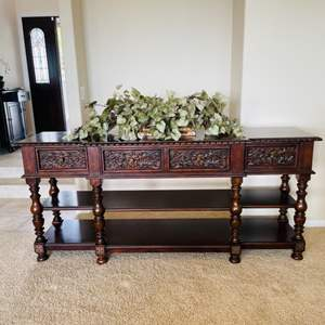 Lot # 1- Lane Home Furniture- Solid Wood Accent or Entry Way Table