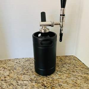 Lot # 45- Nitro Cold Brew Coffee Maker