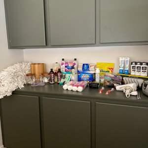 Lot # 72-Bathroom Essentials, Most New! See descriptions and photos!