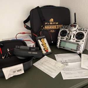 Lot # 75-FAT SHARK RC Vision Systems with Transmitter and Case
