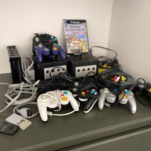 Lot # 79-NINTENDO! Game Cubes with Mario Cart! and More