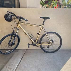 Lot # 116-Iron Horse Maverick Bike 5.5- Great Condition