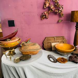 Lot # 119- Romertopf Clay Roasting Pan & Other Kitchen Items