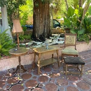 Lot # 205- Nice, Vintage 4-Piece Furniture Set