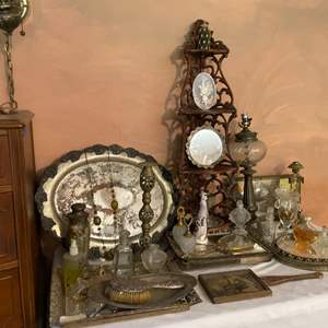 Lot # 221-Vintage/Antique Collectibles