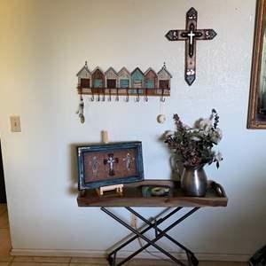 Lot # 15- Rustic Farmhouse Decor- Key Hooks, Metal Table + More