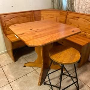 Lot # 31- Beautiful Wood Corner Bench Dining Table